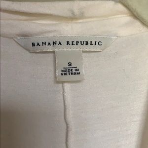 Banana Republic Tops - Banana Republic cream top